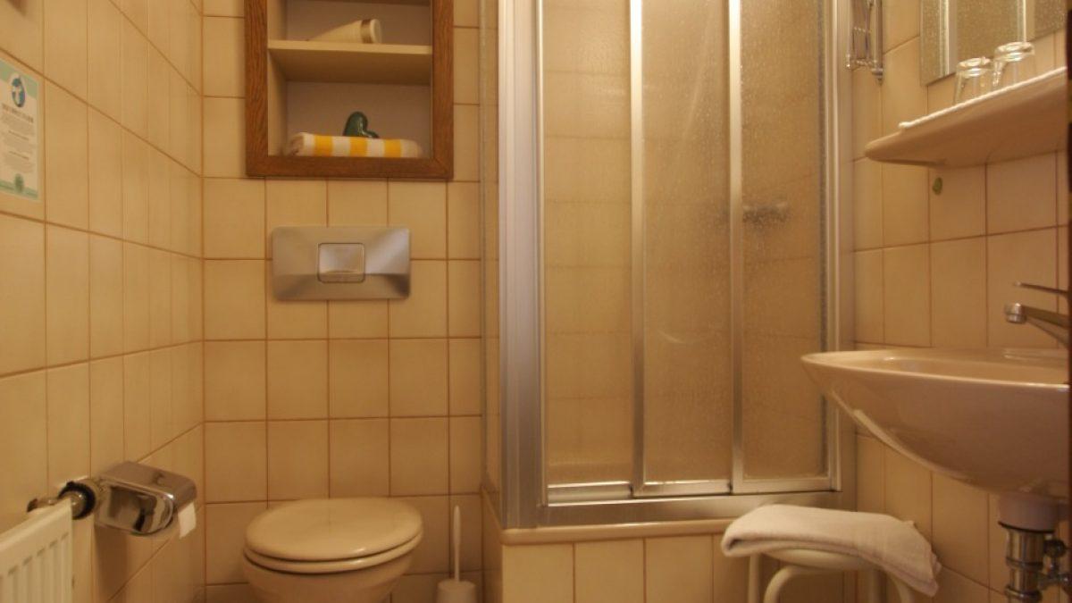 Buchfink Einzelzimmer Bad