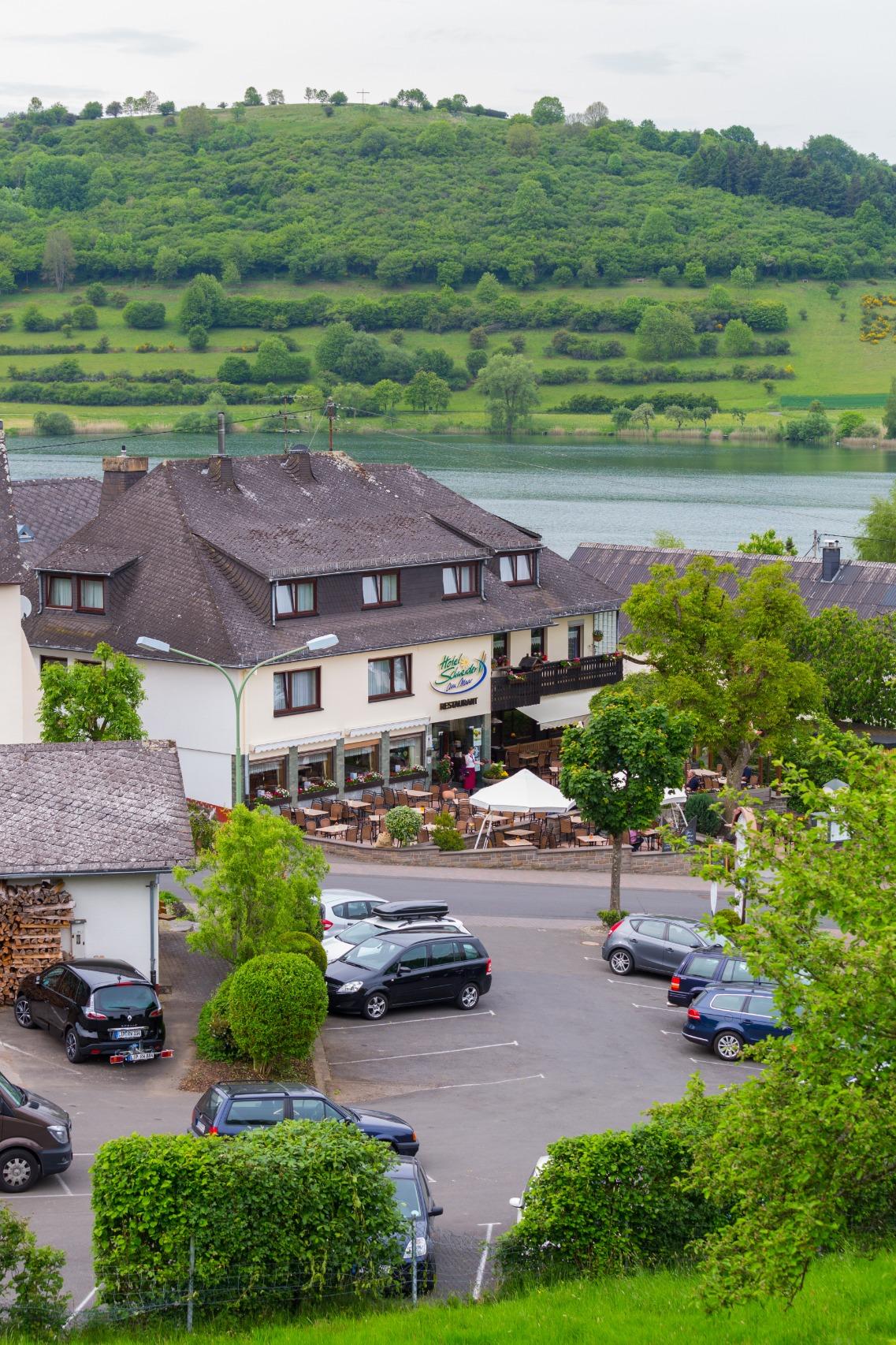 Außenansicht Hotel Schneider am Maar