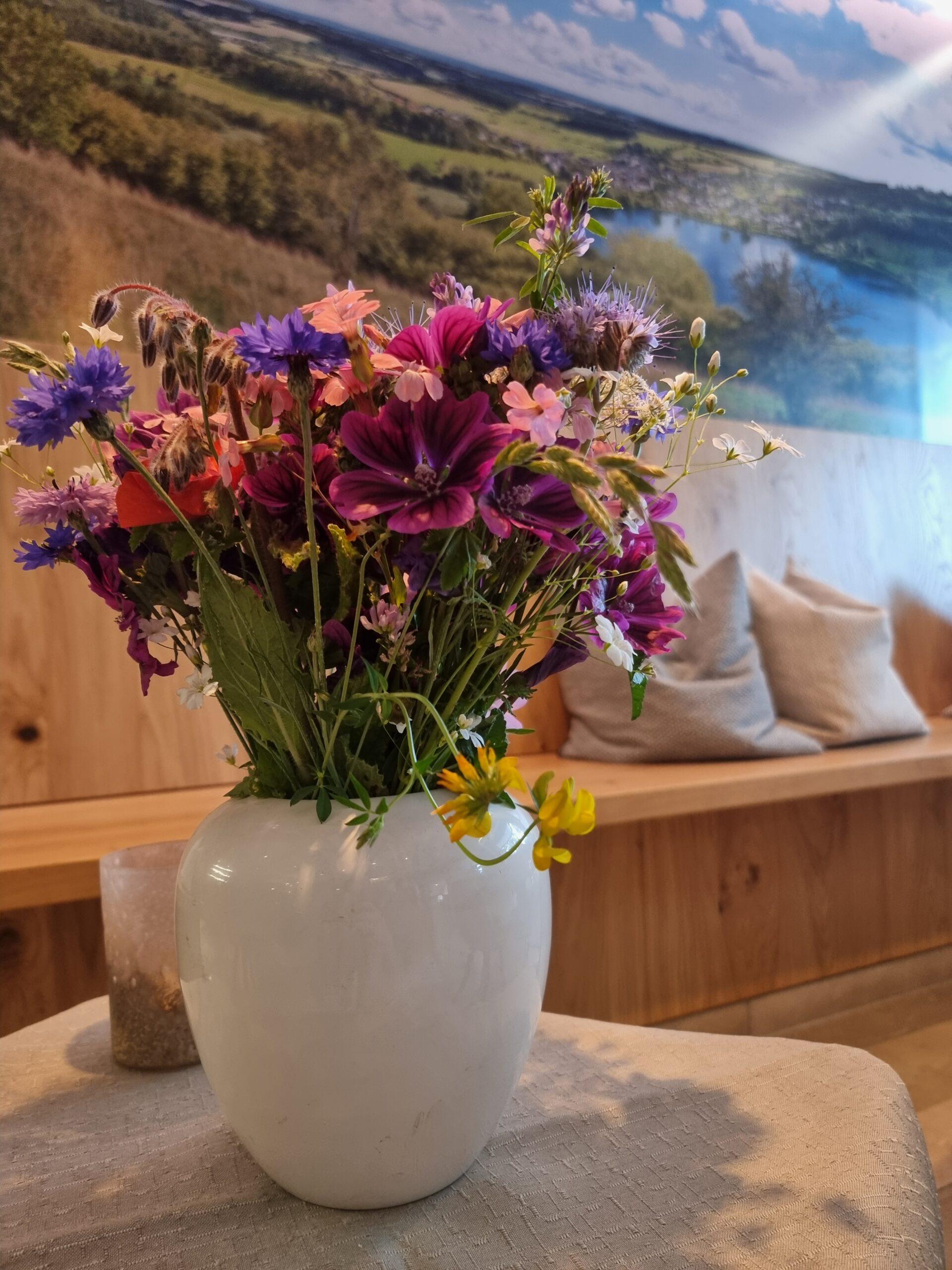Blumen aus dem Maarkessel